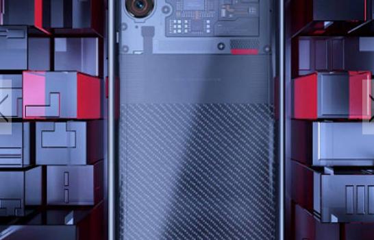 Móvil transparente de Xiaomi, el Xiaomi Mi8 Explorer Edition, opinión sobre si la tapa transparente es falsa